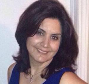 Marzieh Rostam, bába, szülésznő